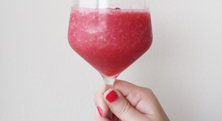 Berry Refreshing Frosé